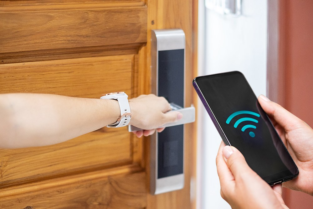 What is the best front door lock for your smart home? 3